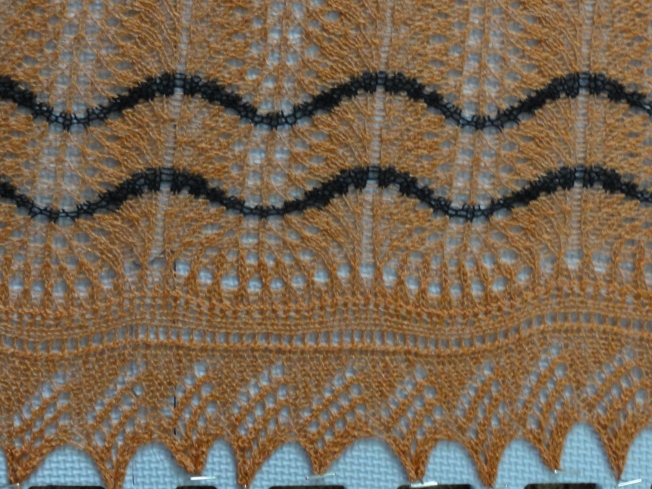 Calico Cat's Paw Shawl