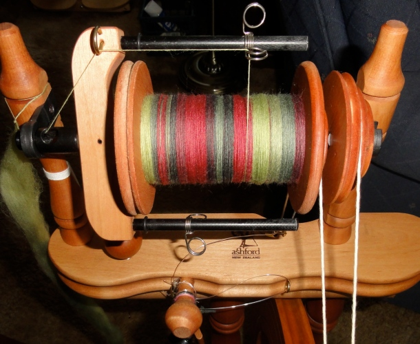 The only difference here is that the bobbin is a bit more full of this lovely Greenwood Fiberworks merino.
