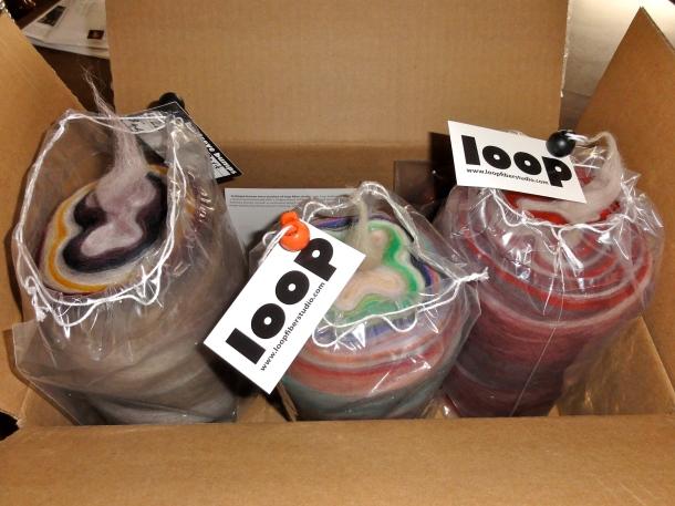 A package from Loop Fiber Studios. Squee!