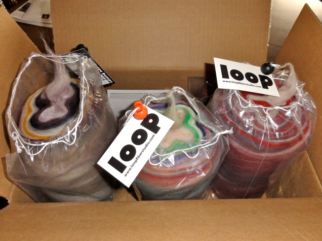 A package from Loop Fiber Studios. Squee!