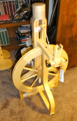 The spinning wheel was well protected in the box.