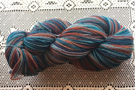 "This is a chain-plied yarn spun from Targhee, which is one of my favorite sheepswool. Targhee is a breed that was developed in the US. The wool reminds me a lot of Polwarth, but without the ""poof"" when the twist is set."