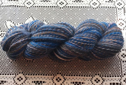 This is the first Romney wool I have ever spun, and it certainly won't be the last. I did a nice 2-ply with this bump. It is a squishy as it looks. Yum!
